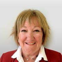 Lucie Poirier, Consultante